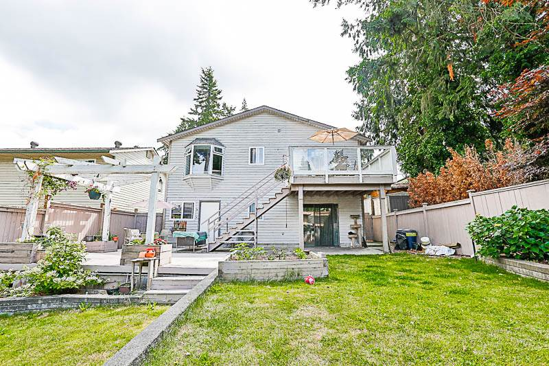 Detached at 11905 STAPLES CRESCENT, N. Delta, British Columbia. Image 20