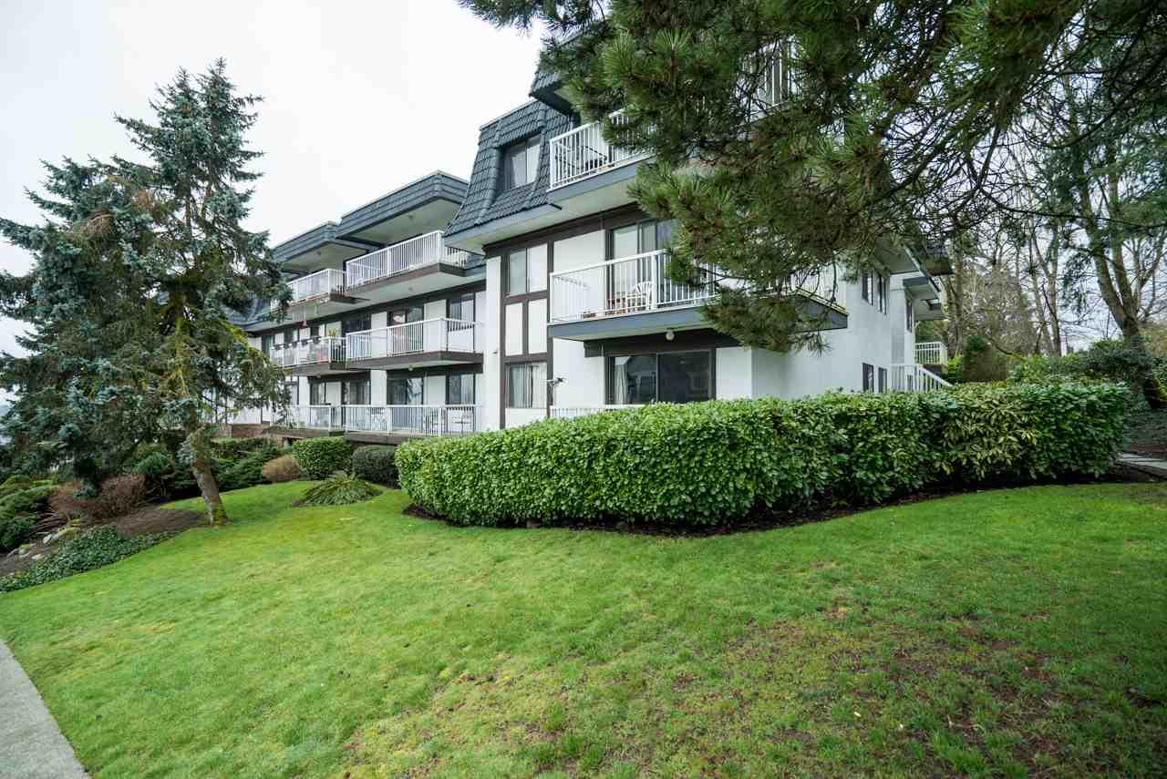 Condo Apartment at 107 371 ELLESMERE AVENUE, Unit 107, Burnaby North, British Columbia. Image 18