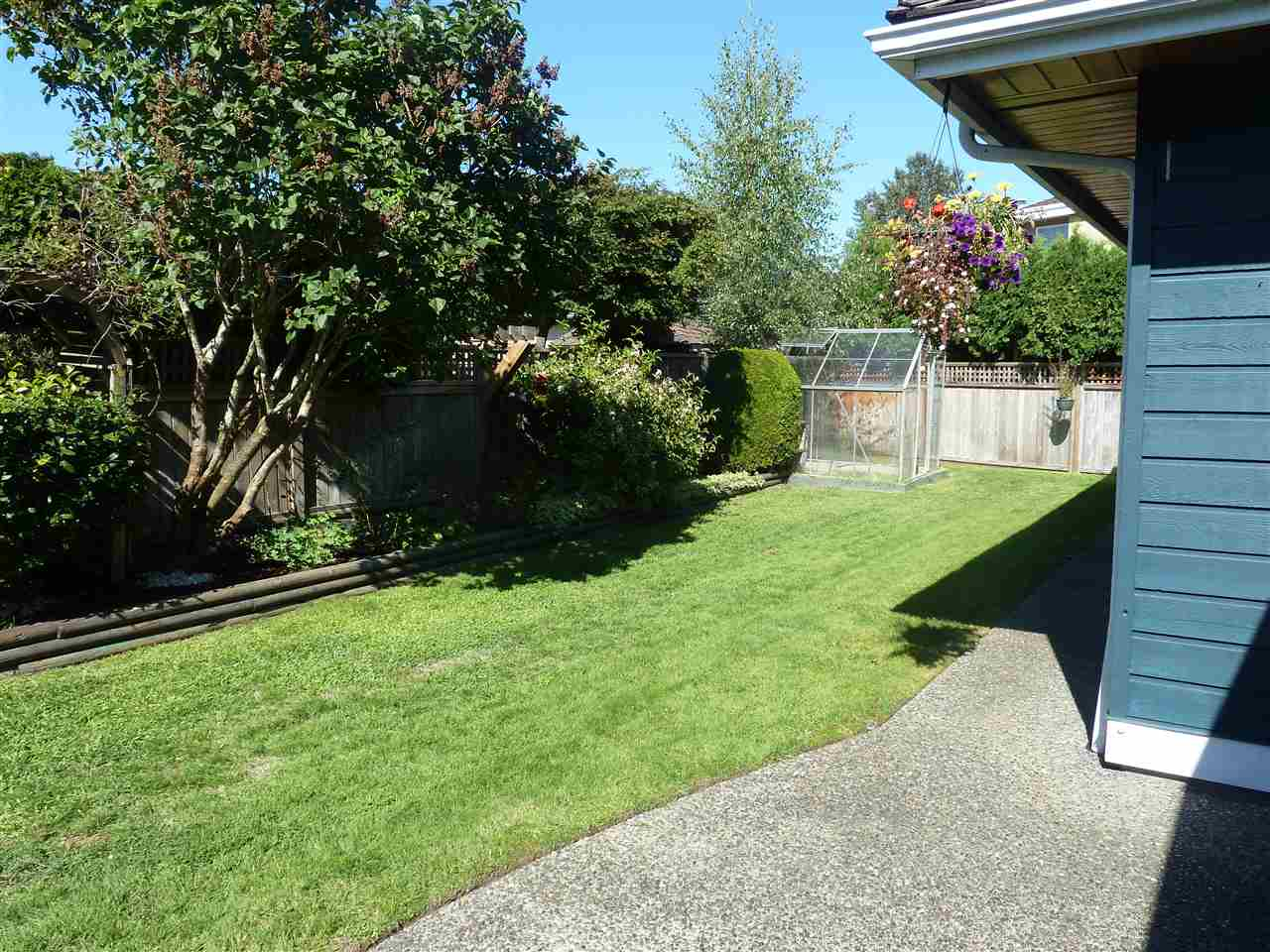 Detached at 5385 COMMODORE DRIVE, Ladner, British Columbia. Image 17