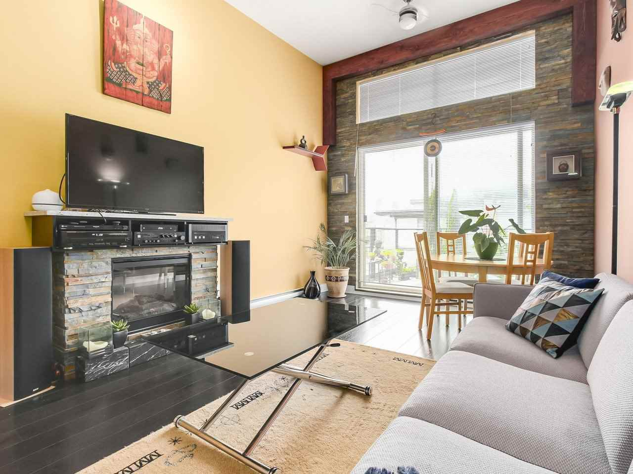 Condo Apartment at 602 7488 BYRNEPARK WALK, Unit 602, Burnaby South, British Columbia. Image 3
