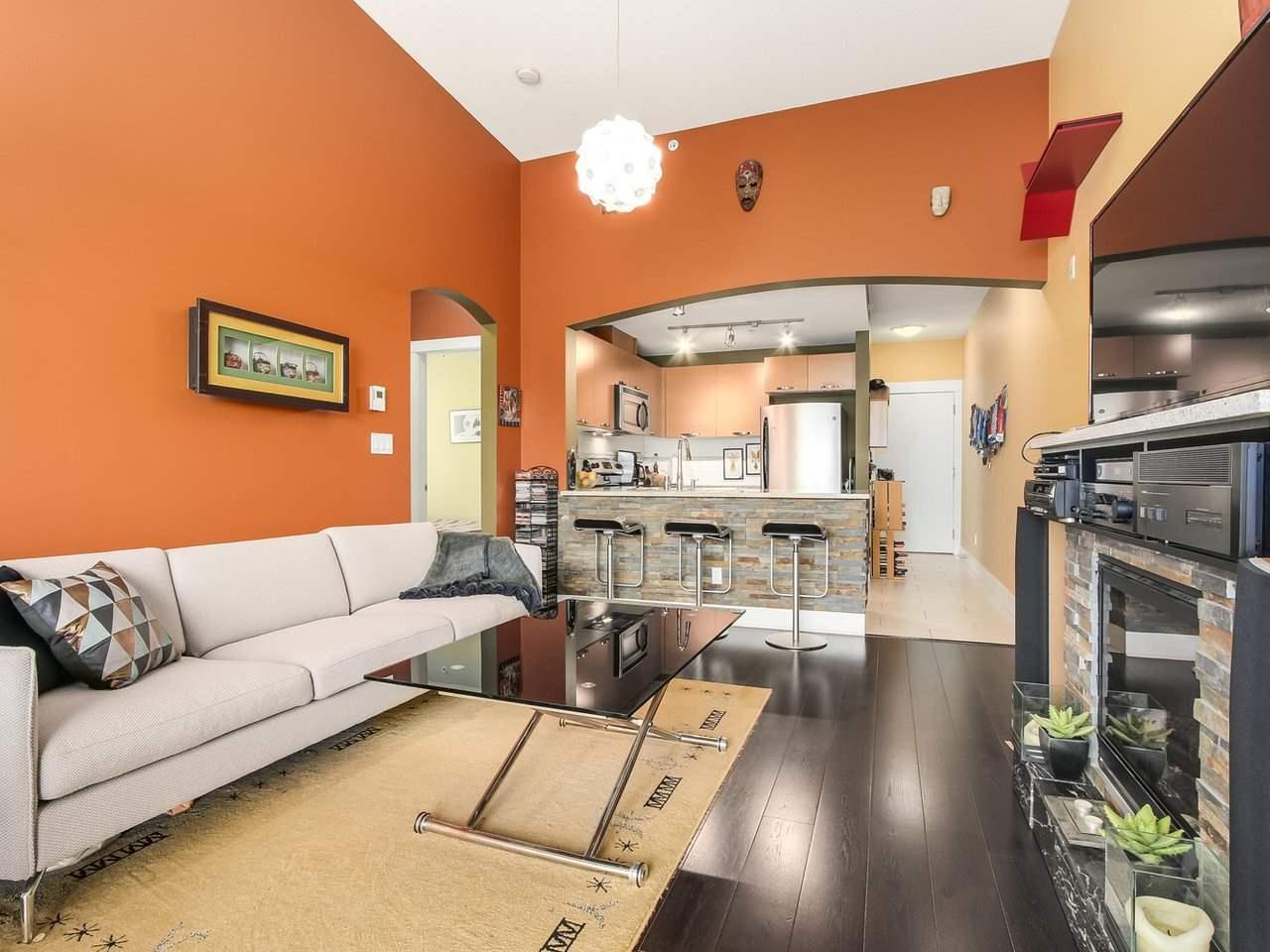 Condo Apartment at 602 7488 BYRNEPARK WALK, Unit 602, Burnaby South, British Columbia. Image 4