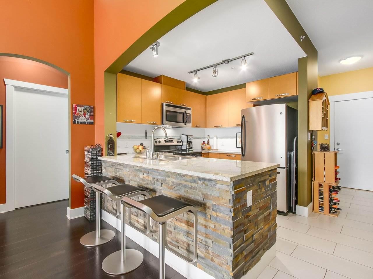 Condo Apartment at 602 7488 BYRNEPARK WALK, Unit 602, Burnaby South, British Columbia. Image 6