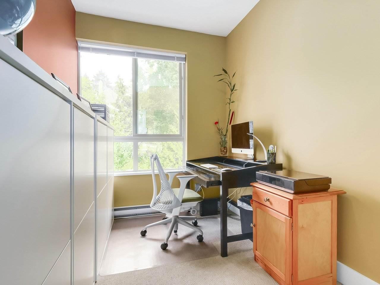 Condo Apartment at 602 7488 BYRNEPARK WALK, Unit 602, Burnaby South, British Columbia. Image 11