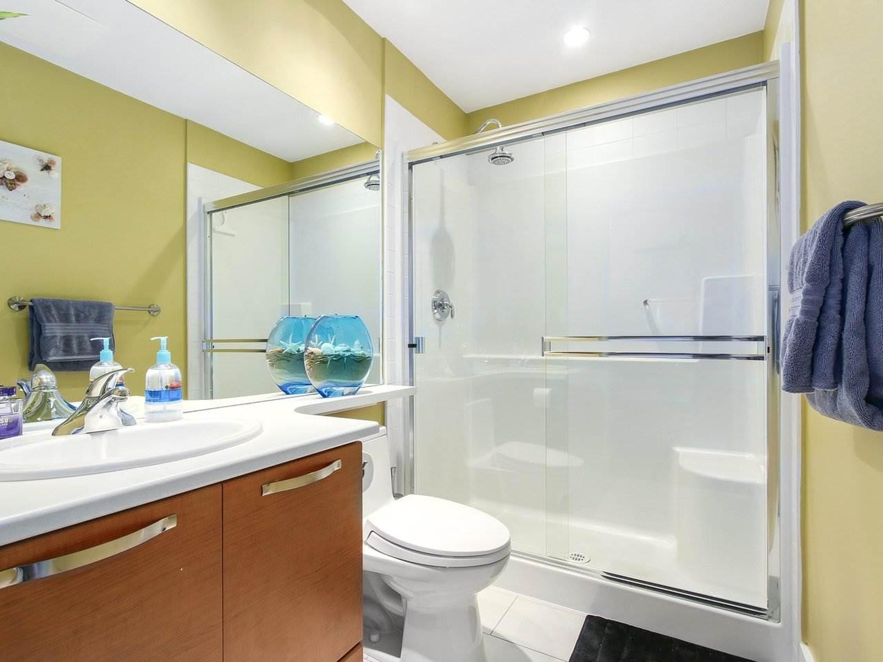 Condo Apartment at 602 7488 BYRNEPARK WALK, Unit 602, Burnaby South, British Columbia. Image 12