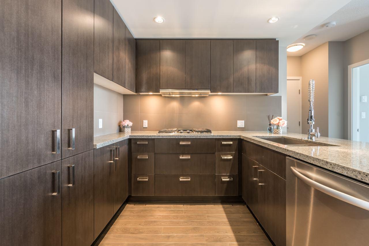 Condo Apartment at 901 3008 GLEN DRIVE, Unit 901, Coquitlam, British Columbia. Image 5