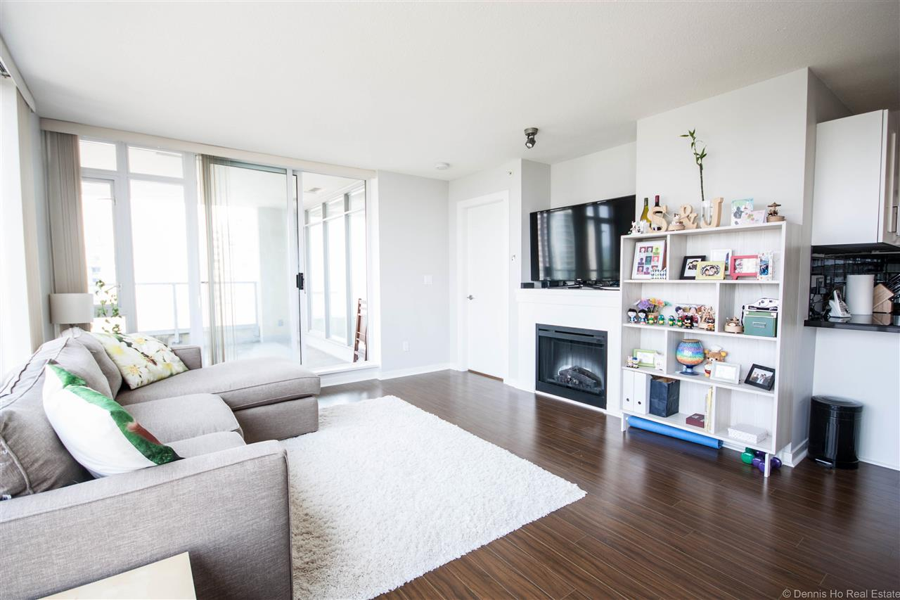 Condo Apartment at 2203 2133 DOUGLAS ROAD, Unit 2203, Burnaby North, British Columbia. Image 8