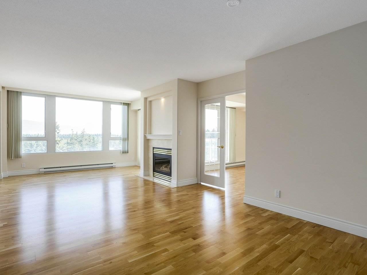 Condo Apartment at 1704 5775 HAMPTON PLACE, Unit 1704, Vancouver West, British Columbia. Image 2