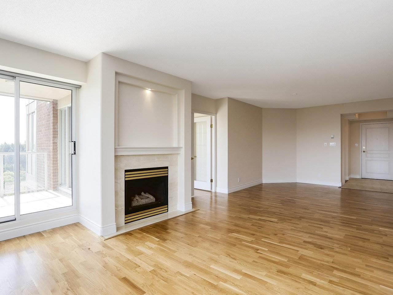 Condo Apartment at 1704 5775 HAMPTON PLACE, Unit 1704, Vancouver West, British Columbia. Image 4