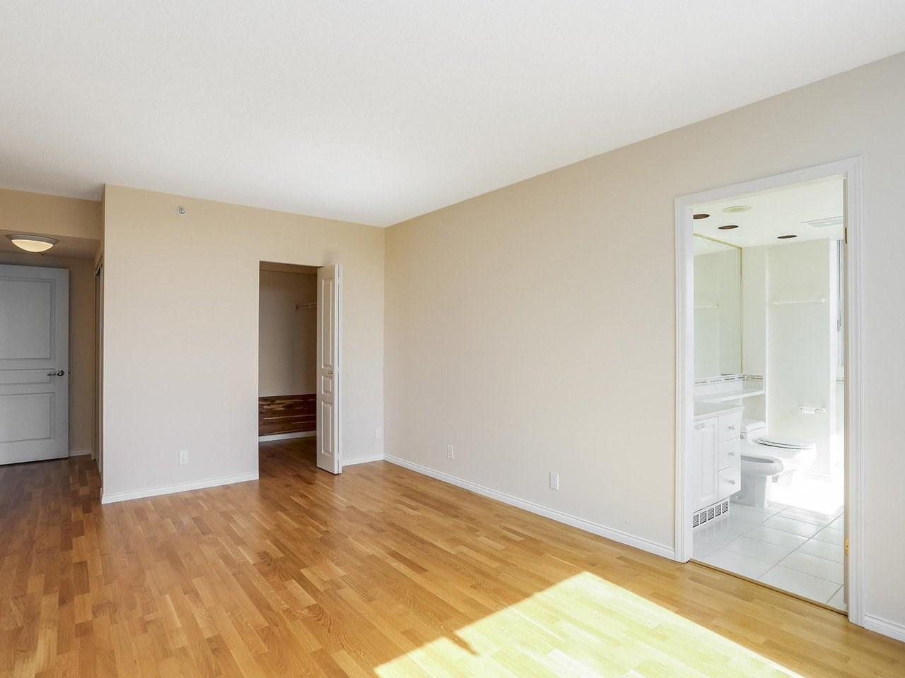 Condo Apartment at 1704 5775 HAMPTON PLACE, Unit 1704, Vancouver West, British Columbia. Image 9