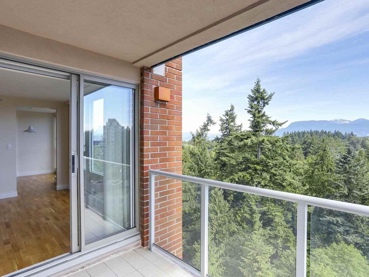 Condo Apartment at 1704 5775 HAMPTON PLACE, Unit 1704, Vancouver West, British Columbia. Image 15