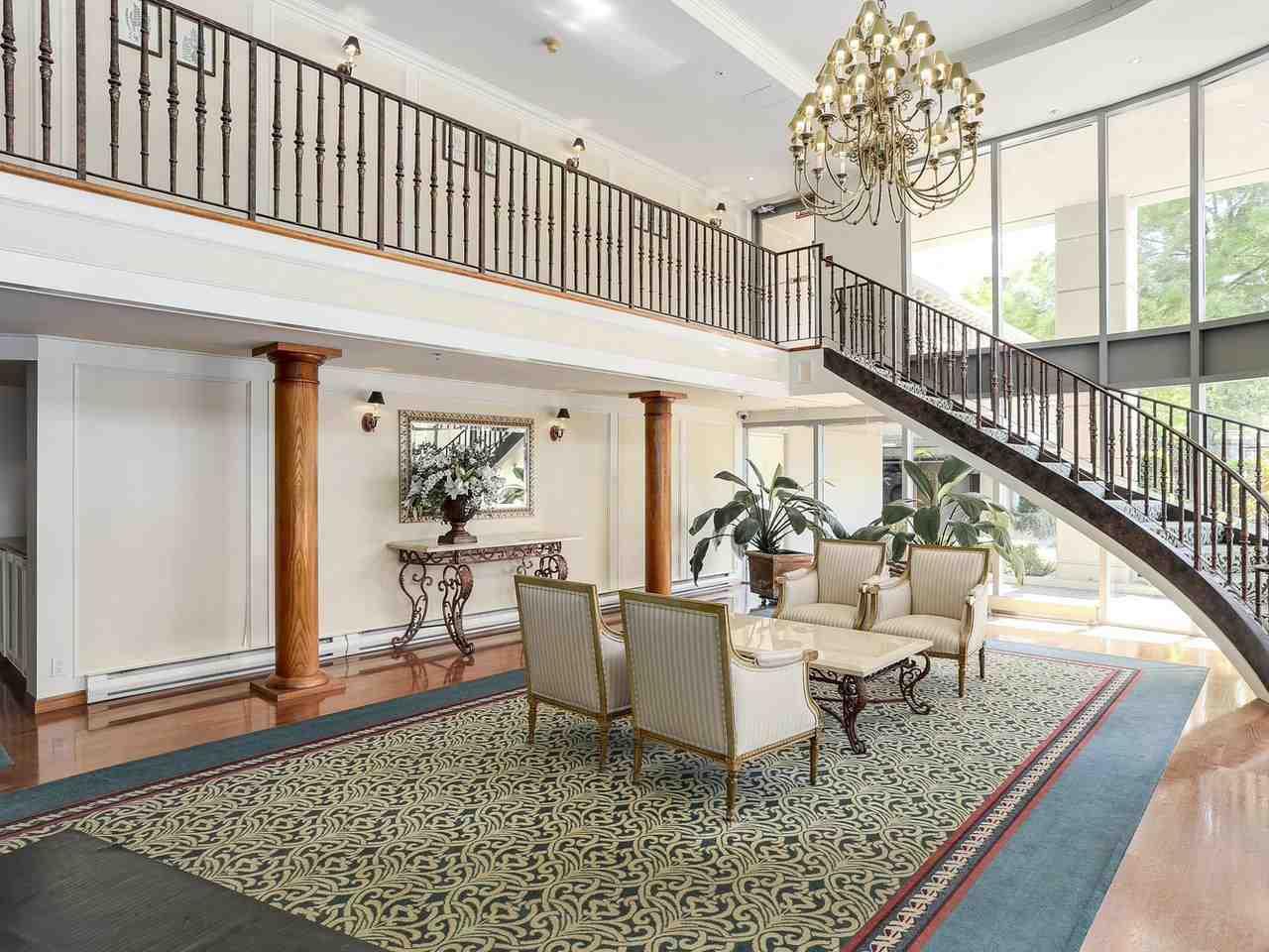 Condo Apartment at 1704 5775 HAMPTON PLACE, Unit 1704, Vancouver West, British Columbia. Image 17