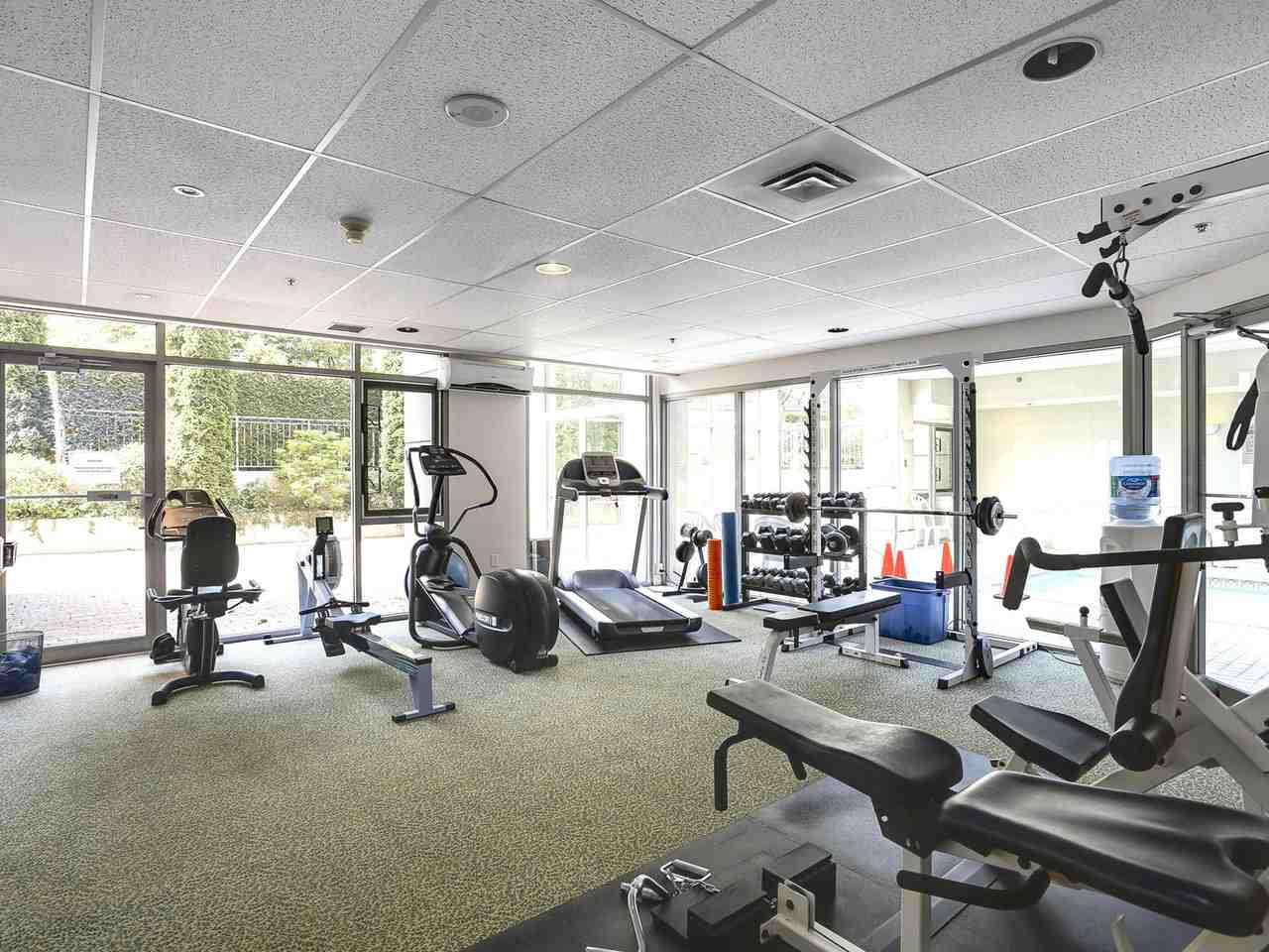 Condo Apartment at 1704 5775 HAMPTON PLACE, Unit 1704, Vancouver West, British Columbia. Image 18