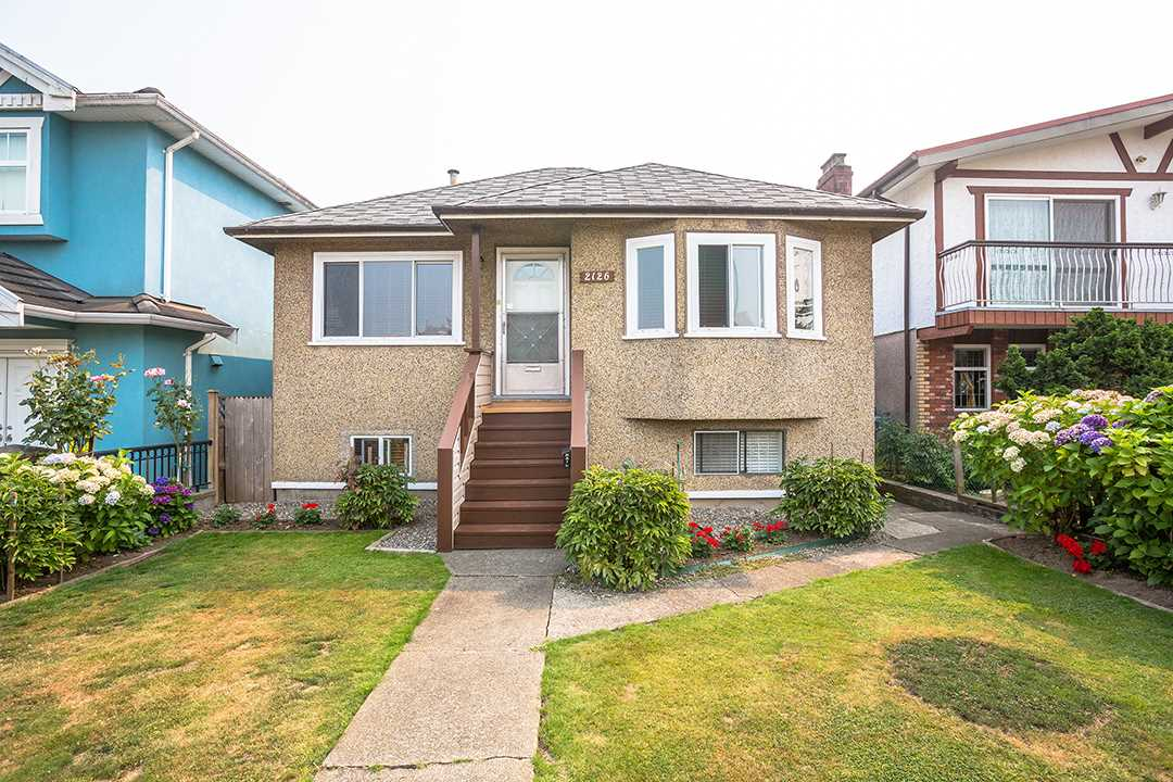 Detached at 2126 E 33RD AVENUE, Vancouver East, British Columbia. Image 1