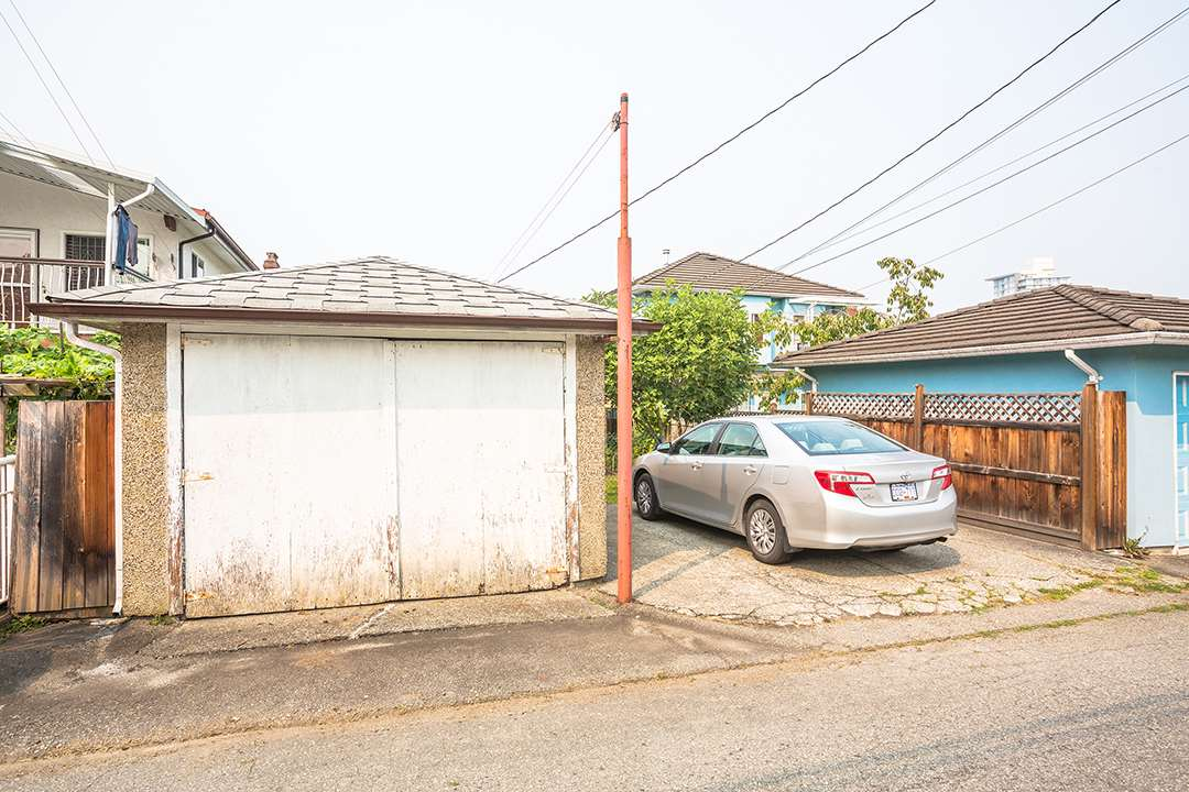 Detached at 2126 E 33RD AVENUE, Vancouver East, British Columbia. Image 17