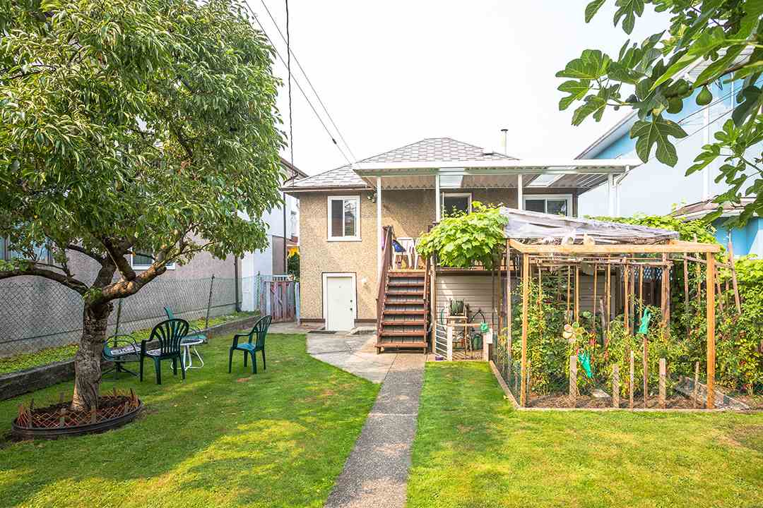 Detached at 2126 E 33RD AVENUE, Vancouver East, British Columbia. Image 20