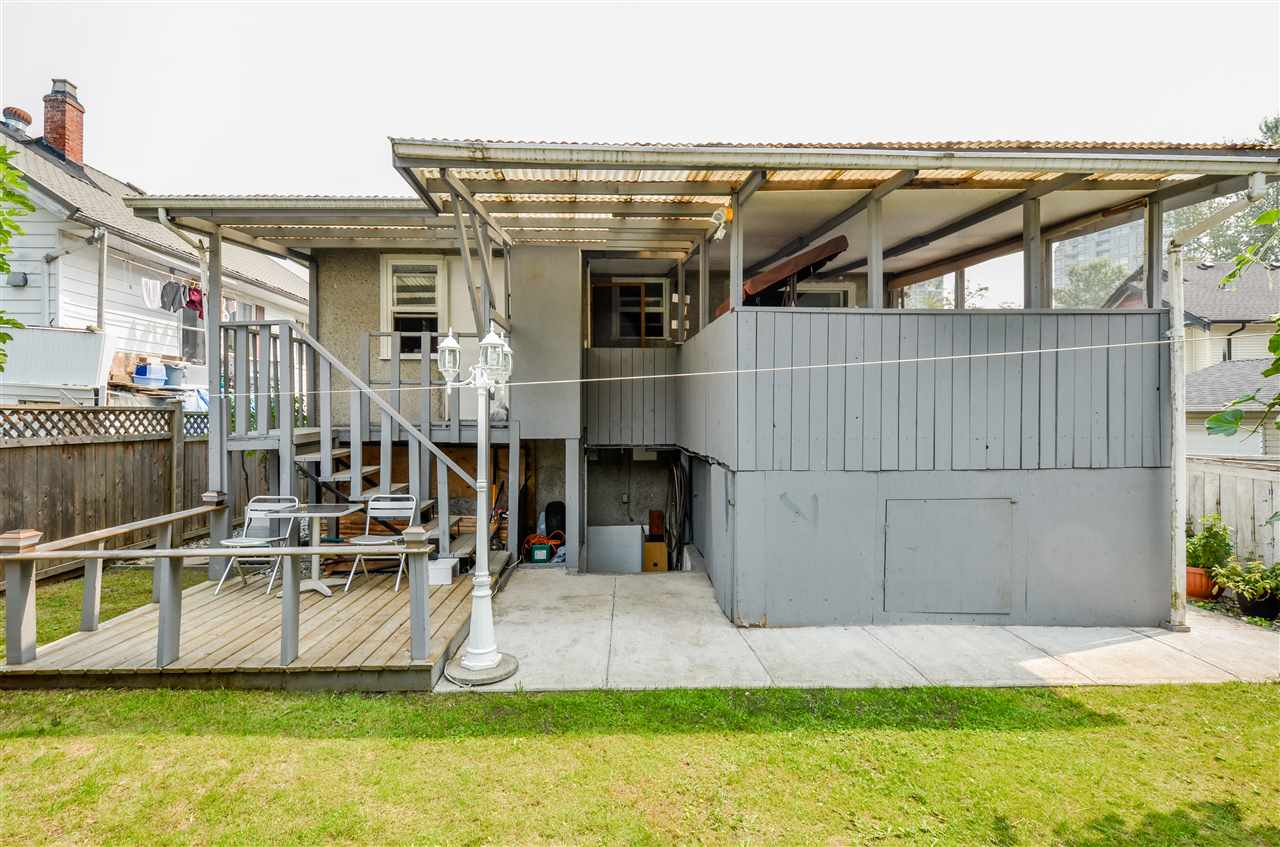 Detached at 5267 HOY STREET, Vancouver East, British Columbia. Image 16
