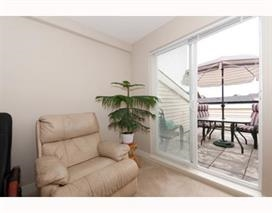 Condo Apartment at 414 19673 MEADOW GARDENS WAY, Unit 414, Pitt Meadows, British Columbia. Image 11