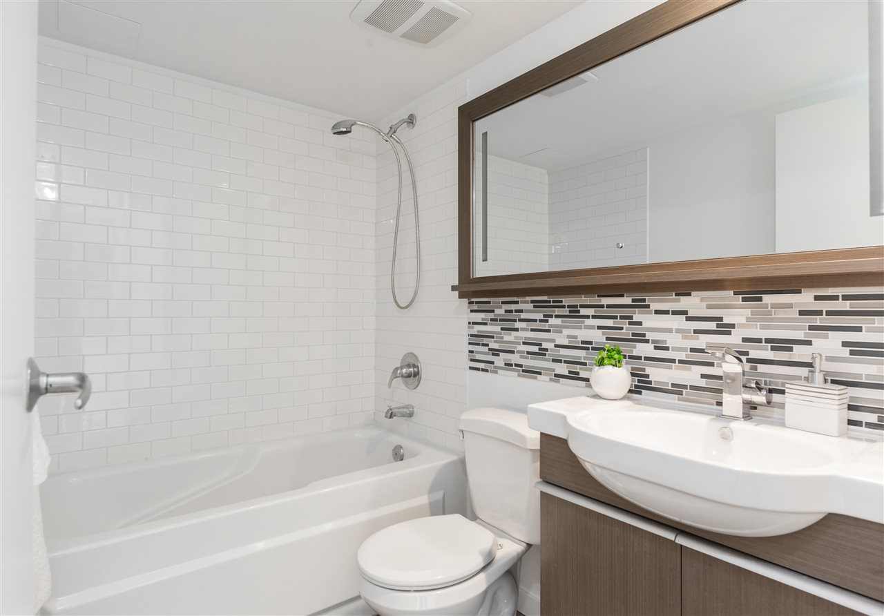 Condo Apartment at 803 1238 RICHARDS STREET, Unit 803, Vancouver West, British Columbia. Image 8