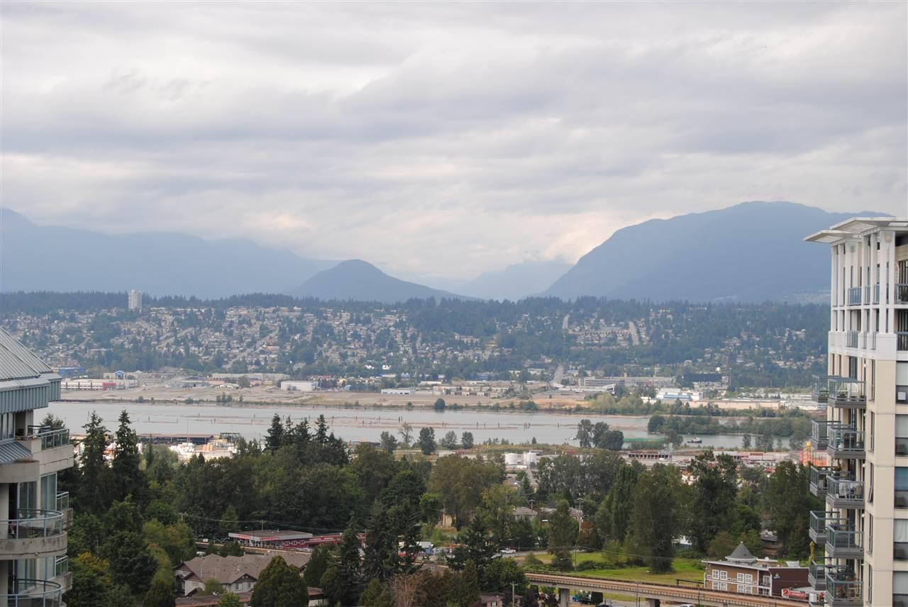 Condo Apartment at 2002 13380 108 AVENUE, Unit 2002, North Surrey, British Columbia. Image 6