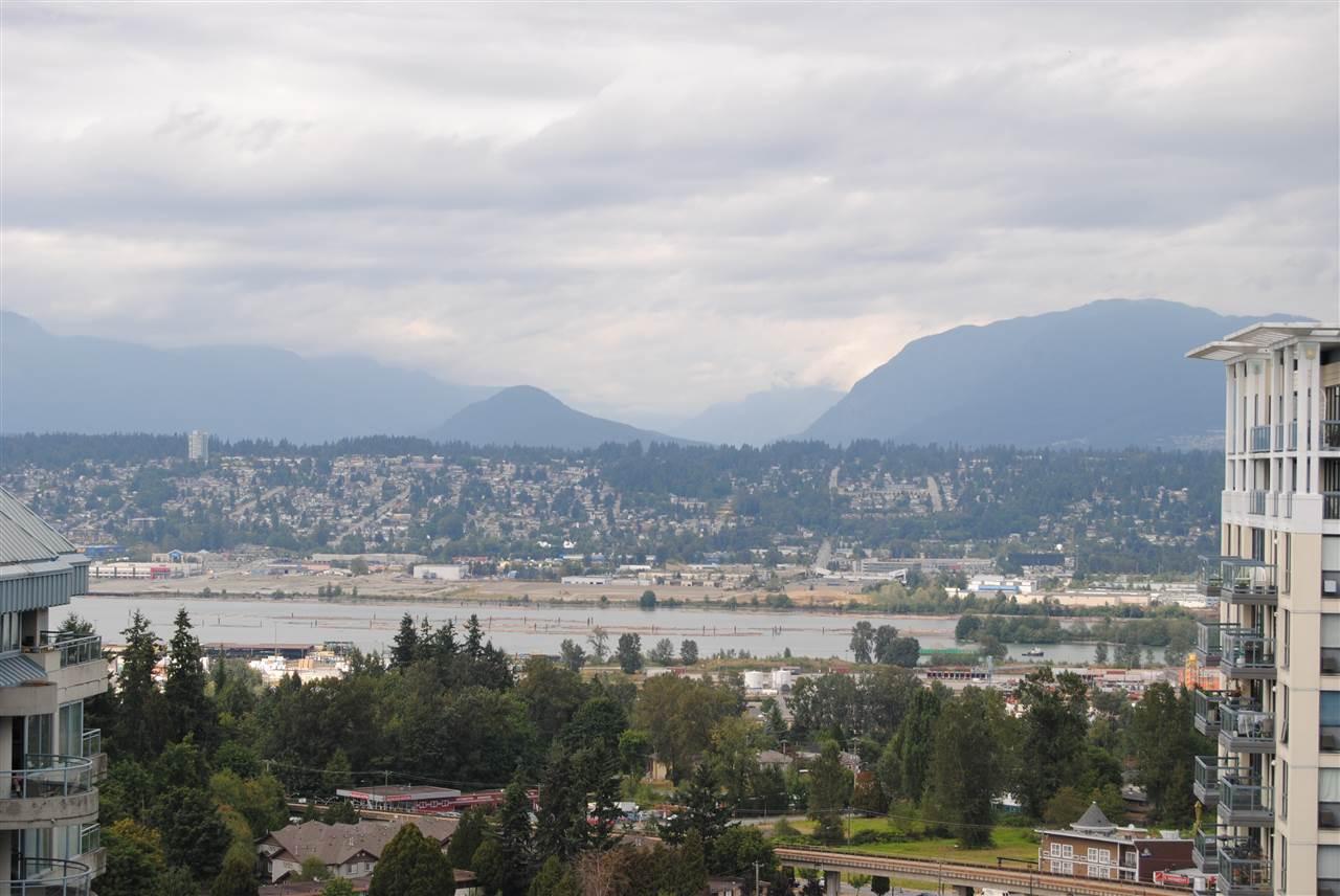 Condo Apartment at 2002 13380 108 AVENUE, Unit 2002, North Surrey, British Columbia. Image 7