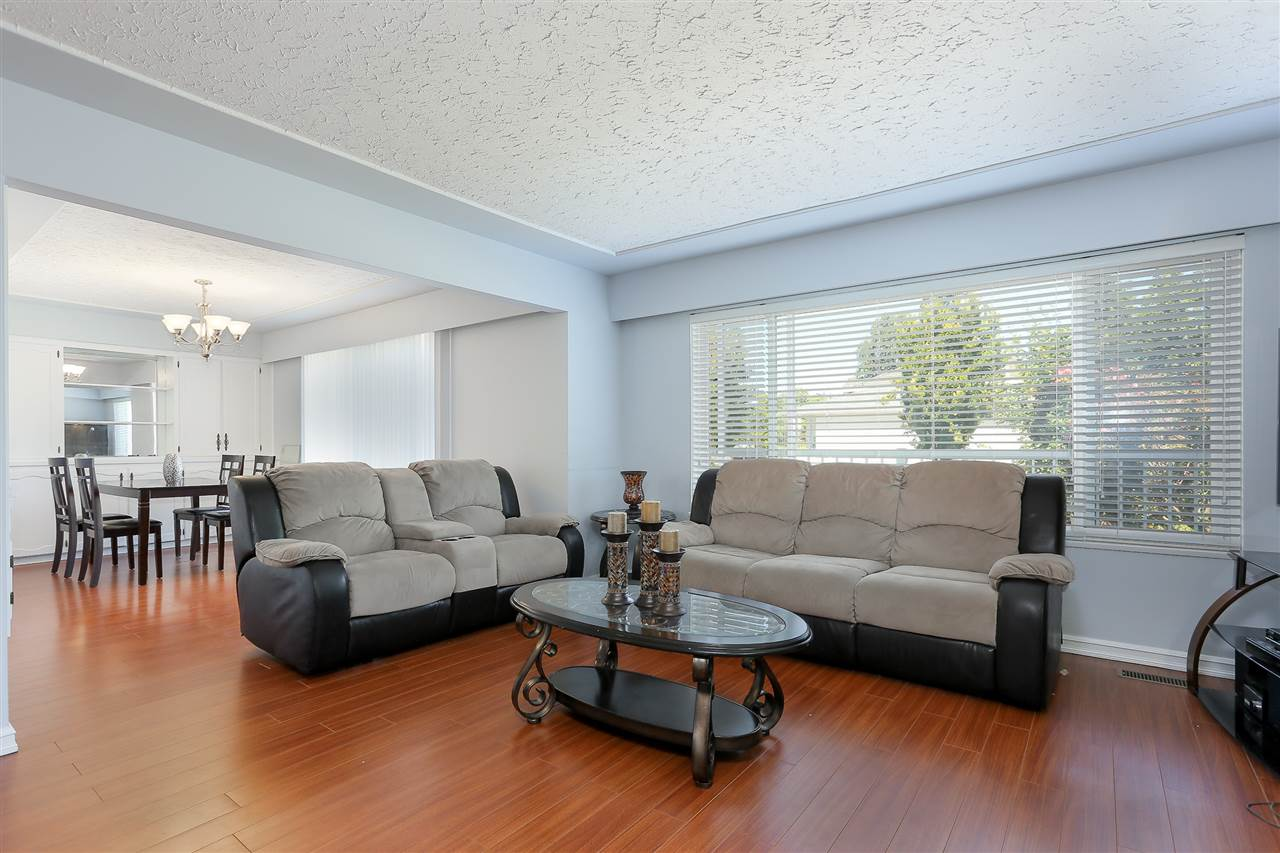 Detached at 1522 54TH AVENUE, Vancouver East, British Columbia. Image 5
