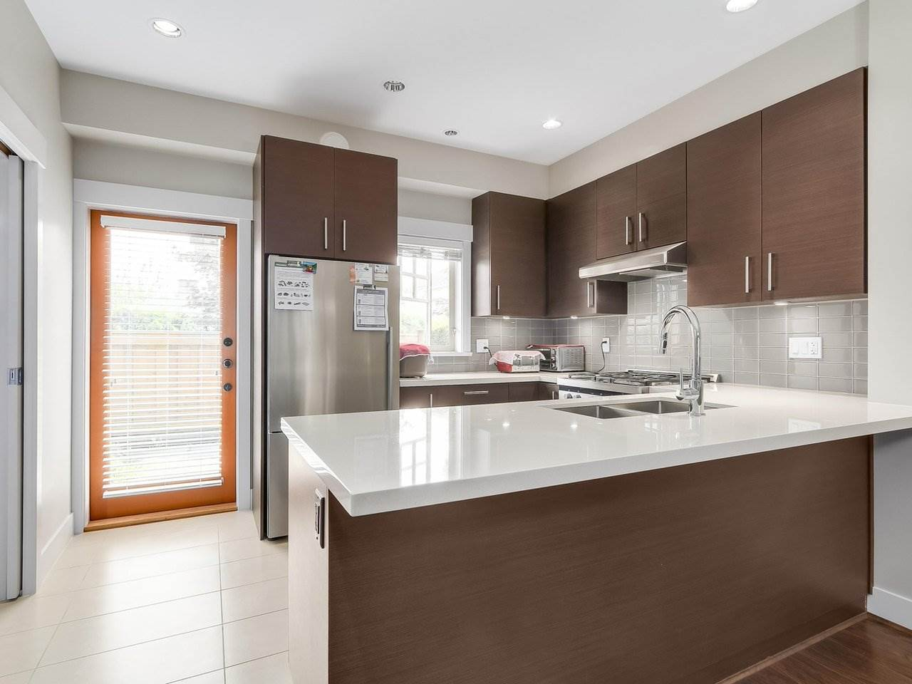 Townhouse at 5926 OAK STREET, Vancouver West, British Columbia. Image 7