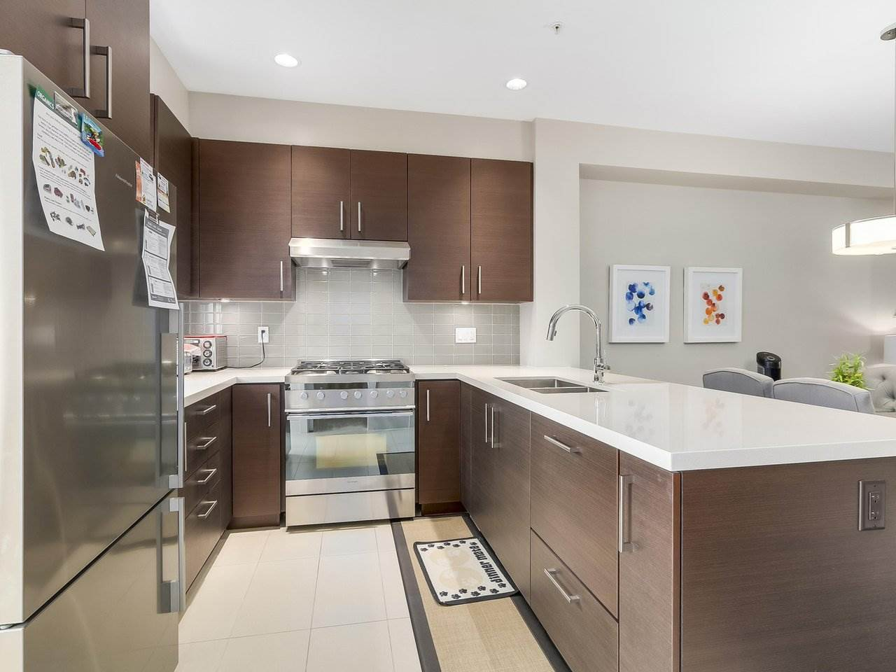 Townhouse at 5926 OAK STREET, Vancouver West, British Columbia. Image 8