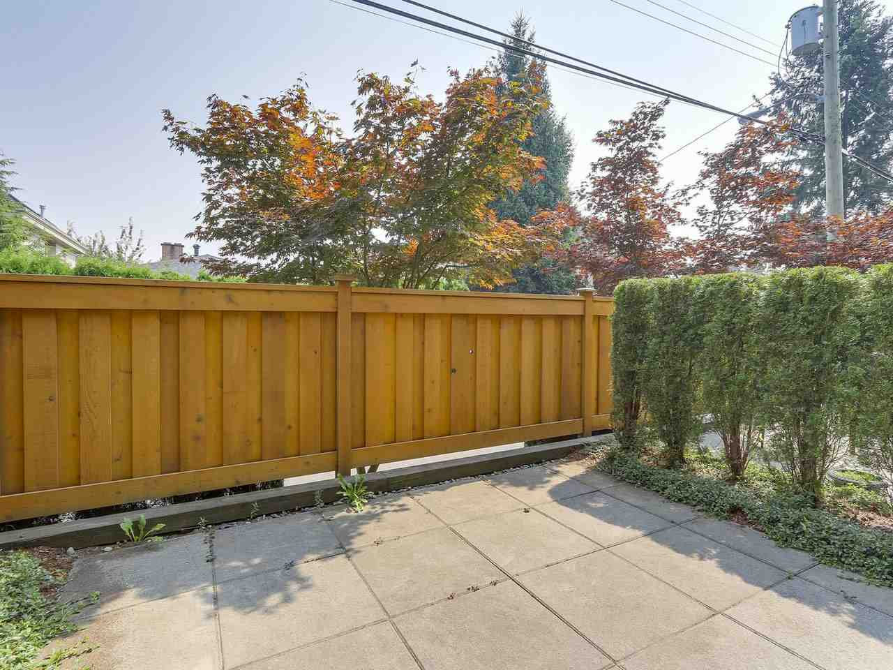 Townhouse at 5926 OAK STREET, Vancouver West, British Columbia. Image 9