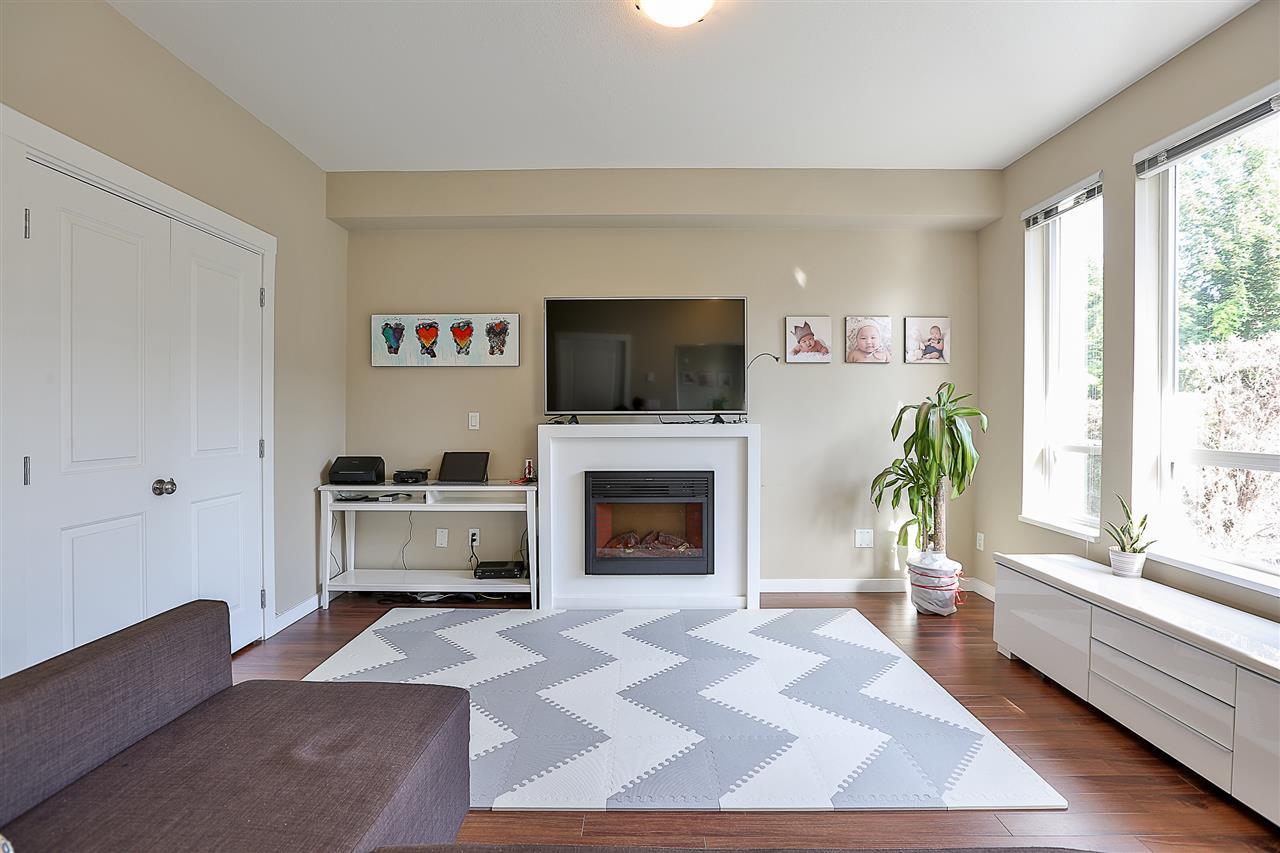 Condo Apartment at 106 14960 102A AVENUE, Unit 106, North Surrey, British Columbia. Image 7
