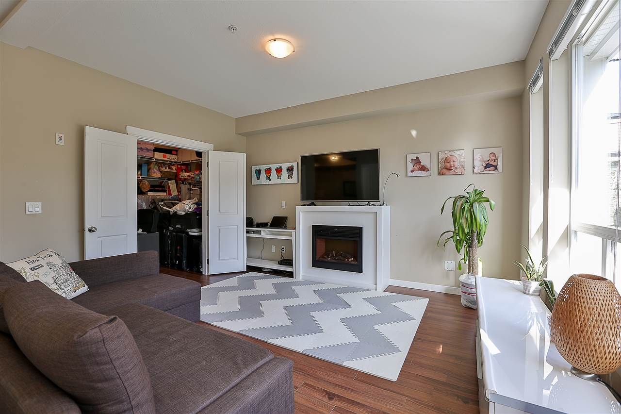 Condo Apartment at 106 14960 102A AVENUE, Unit 106, North Surrey, British Columbia. Image 9