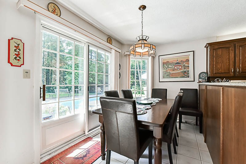 Detached at 2969 CHANTRELL PLACE, South Surrey White Rock, British Columbia. Image 11