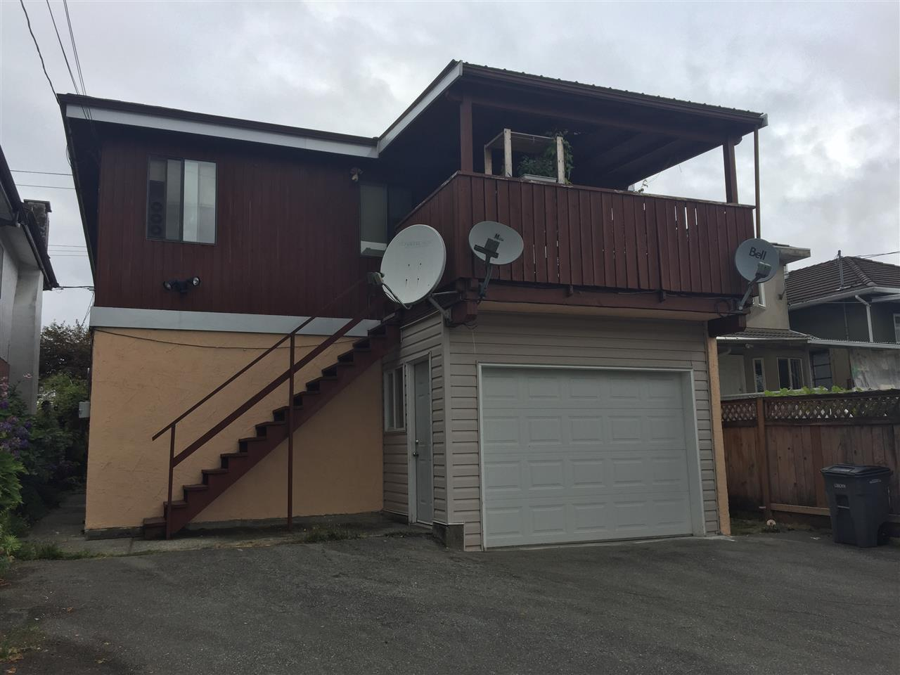 Detached at 4664 MANOR STREET, Vancouver East, British Columbia. Image 2