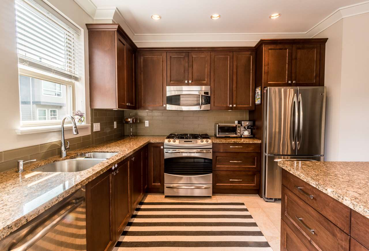 Townhouse at 24 897 PREMIER STREET, Unit 24, North Vancouver, British Columbia. Image 3