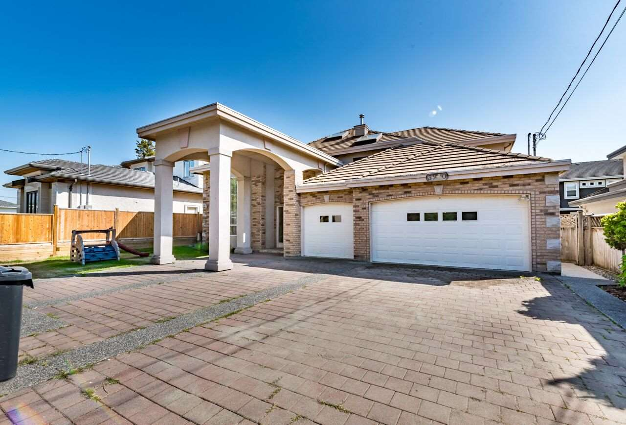 Detached at 3920 PACEMORE AVENUE, Richmond, British Columbia. Image 1