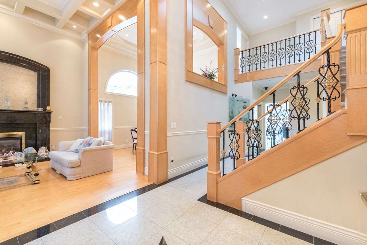 Detached at 3920 PACEMORE AVENUE, Richmond, British Columbia. Image 3
