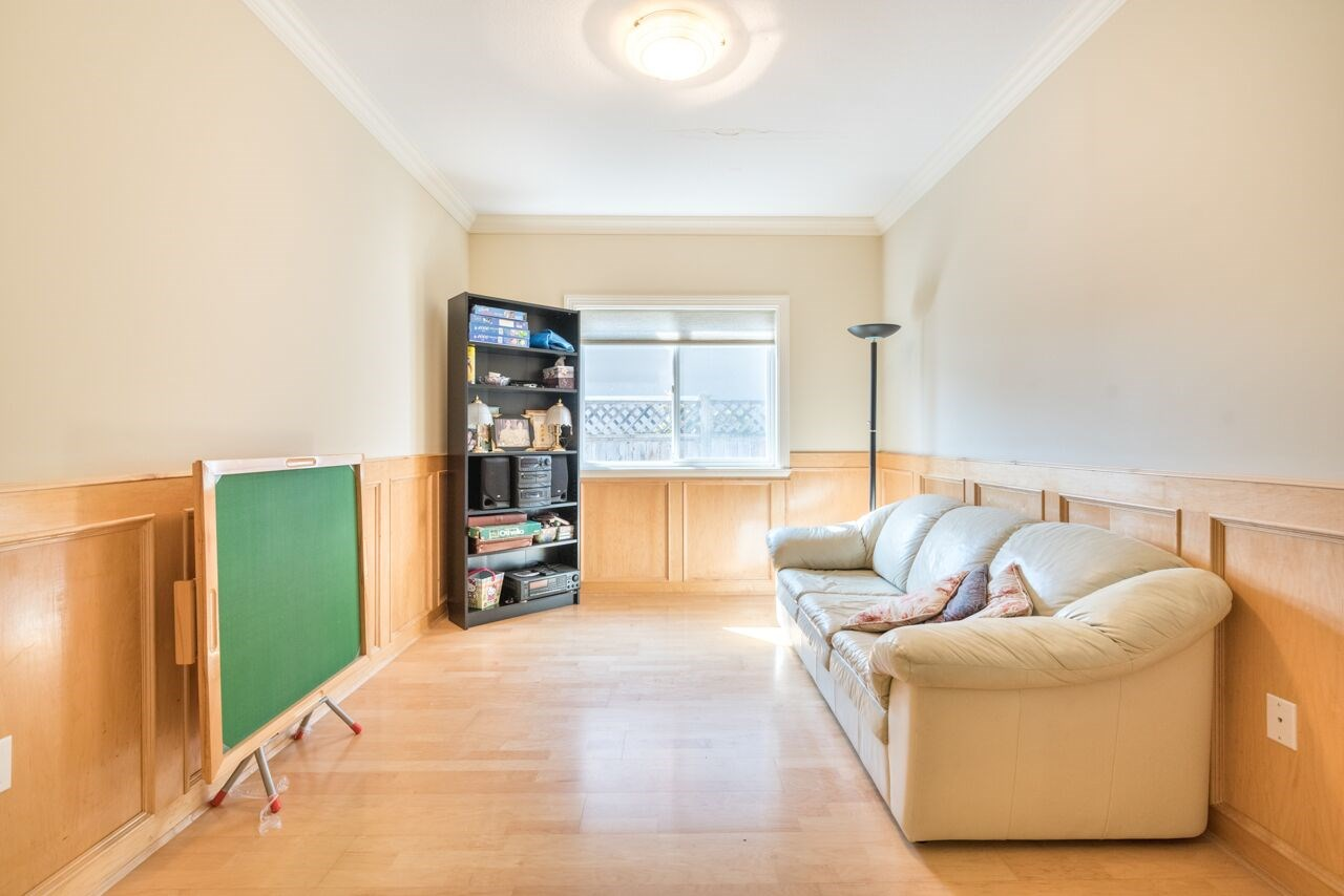 Detached at 3920 PACEMORE AVENUE, Richmond, British Columbia. Image 10
