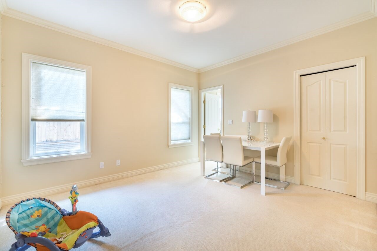 Detached at 3920 PACEMORE AVENUE, Richmond, British Columbia. Image 11