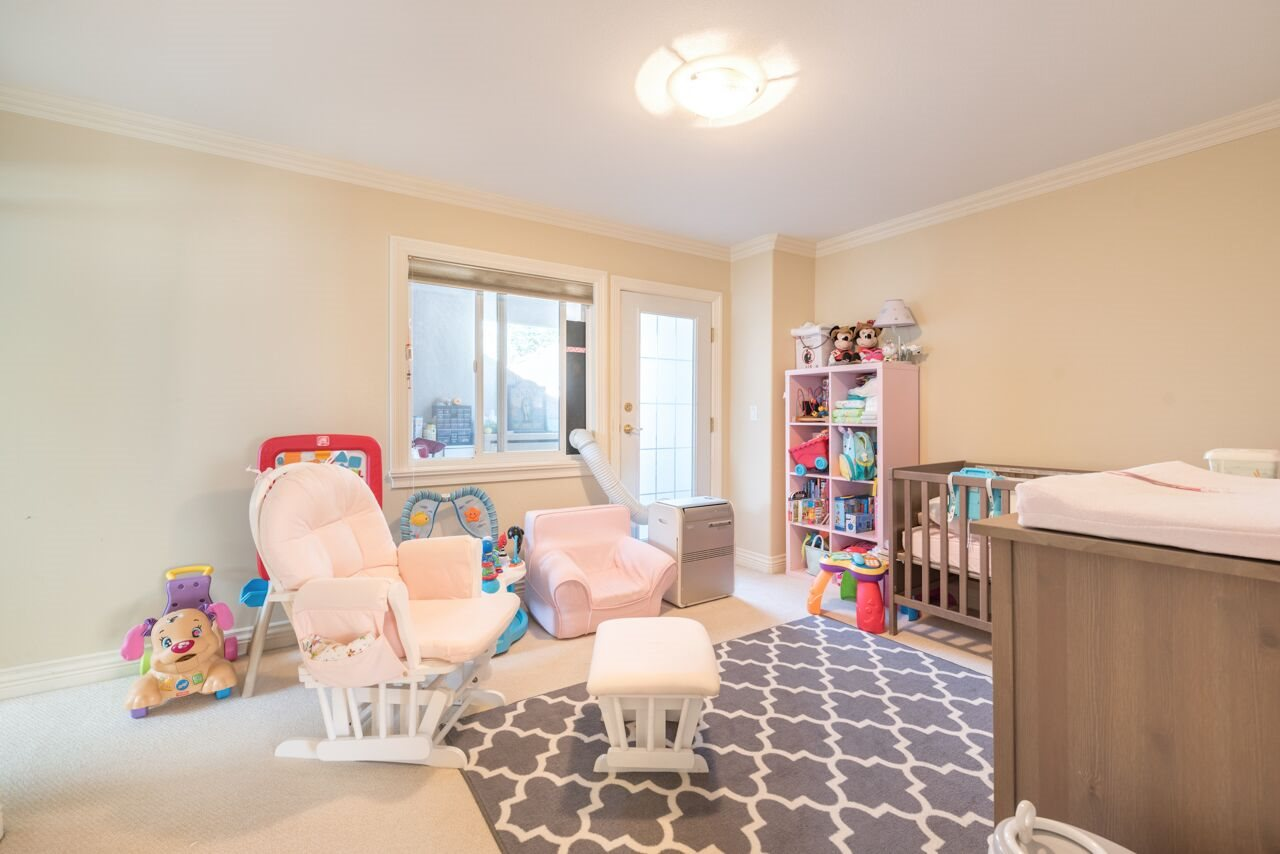 Detached at 3920 PACEMORE AVENUE, Richmond, British Columbia. Image 17