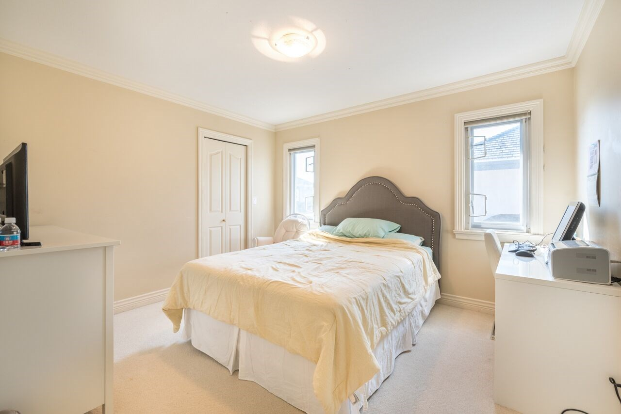 Detached at 3920 PACEMORE AVENUE, Richmond, British Columbia. Image 18