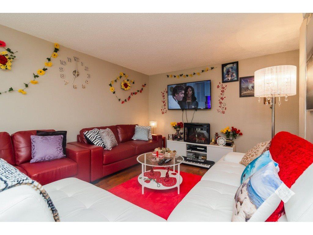 Condo Apartment at 205 7426 138 STREET, Unit 205, Surrey, British Columbia. Image 5