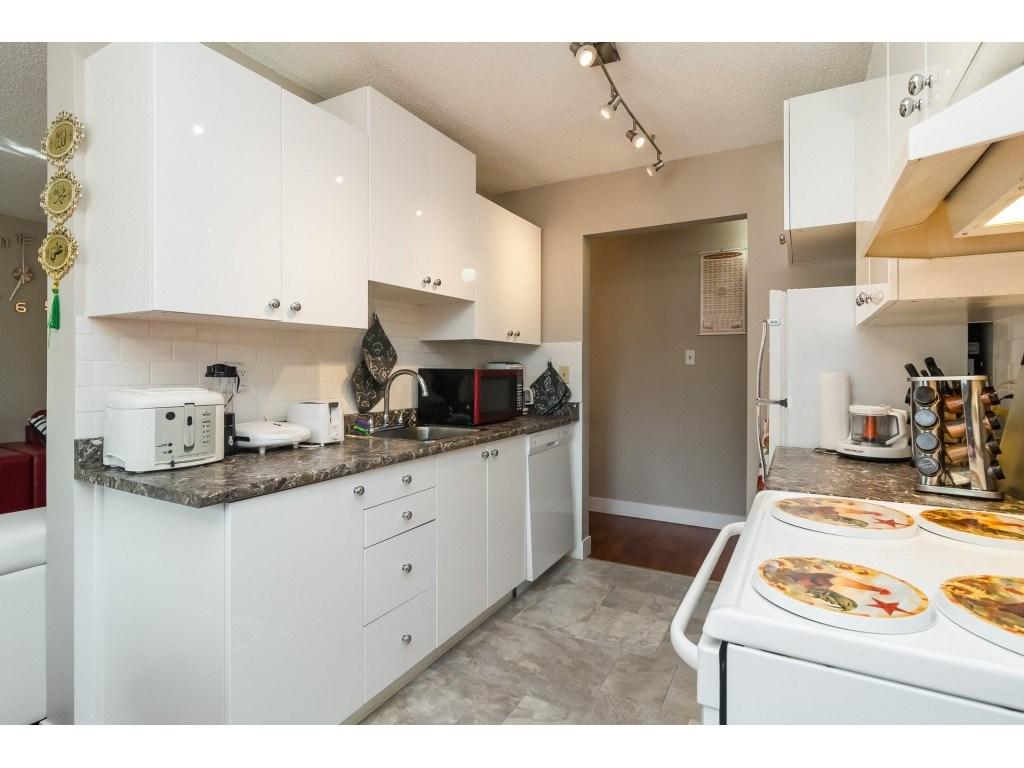Condo Apartment at 205 7426 138 STREET, Unit 205, Surrey, British Columbia. Image 9