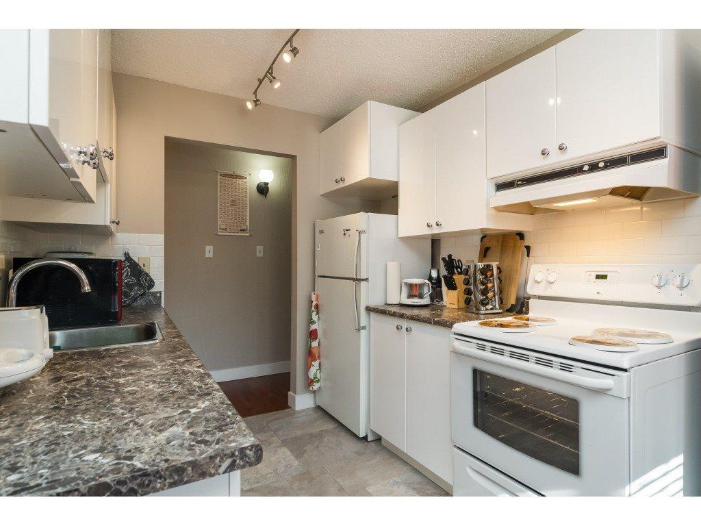 Condo Apartment at 205 7426 138 STREET, Unit 205, Surrey, British Columbia. Image 10