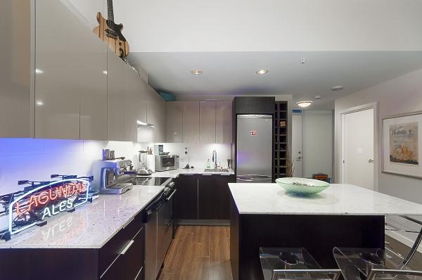 Condo Apartment at 311 429 W 2ND AVENUE, Unit 311, Vancouver West, British Columbia. Image 6