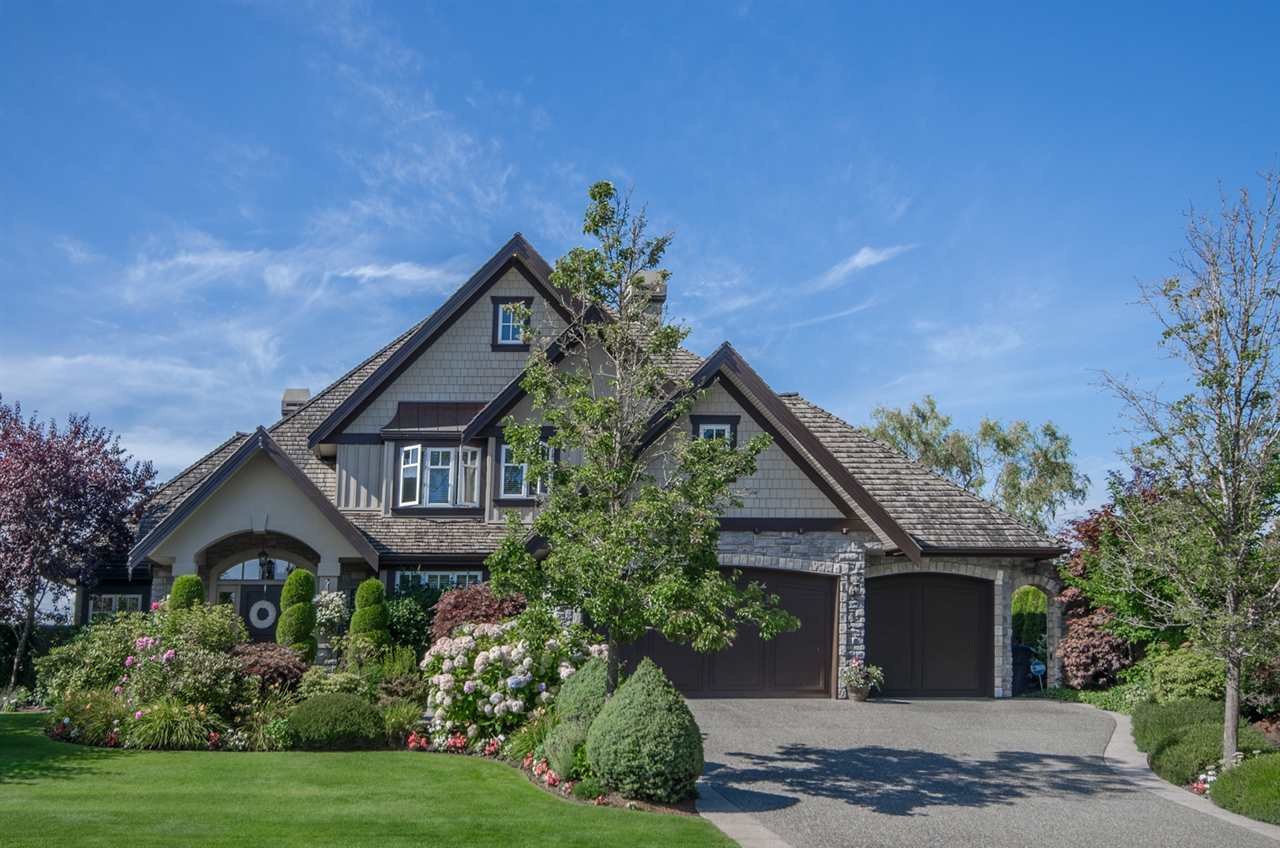 Detached at 3859 DEVONSHIRE DRIVE, South Surrey White Rock, British Columbia. Image 1