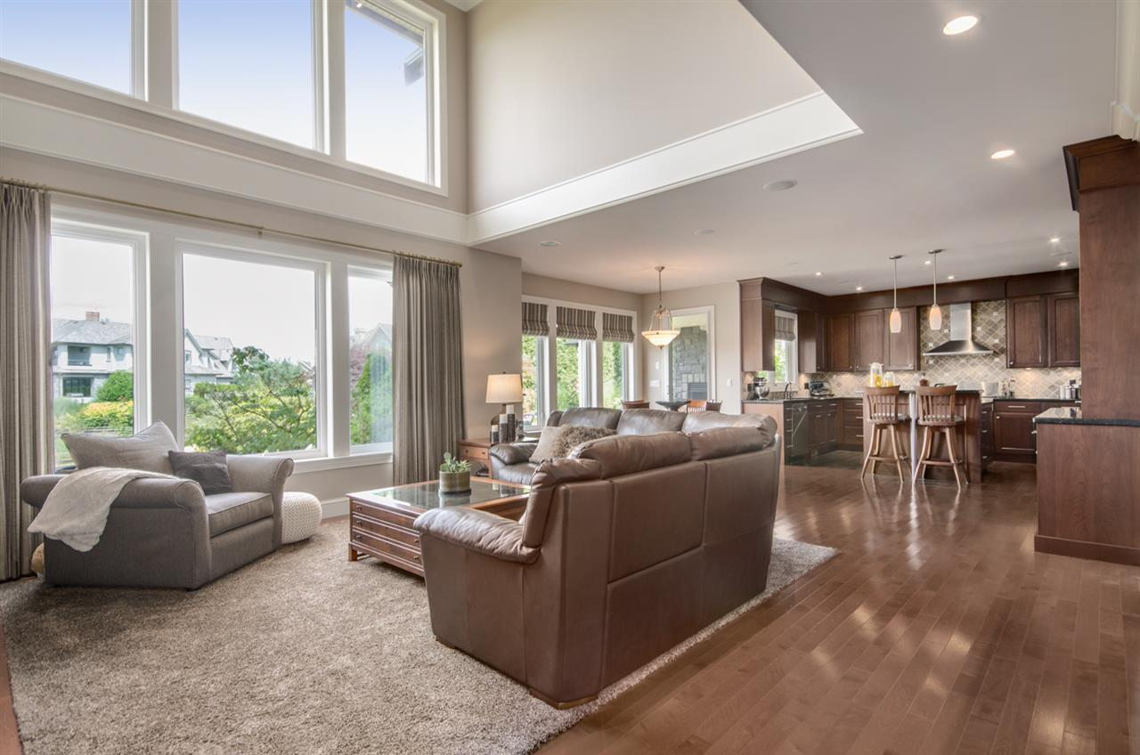 Detached at 3859 DEVONSHIRE DRIVE, South Surrey White Rock, British Columbia. Image 6