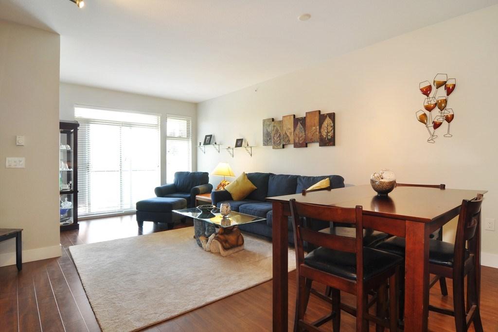 Condo Apartment at 405 2330 SHAUGHNESSY STREET, Unit 405, Port Coquitlam, British Columbia. Image 8