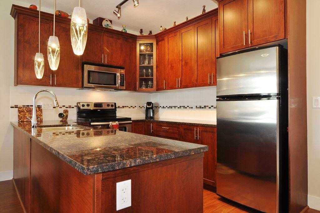 Condo Apartment at 405 2330 SHAUGHNESSY STREET, Unit 405, Port Coquitlam, British Columbia. Image 10