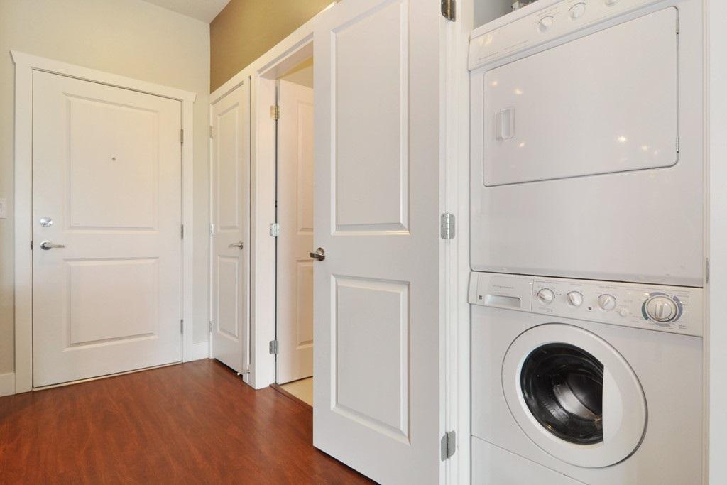 Condo Apartment at 405 2330 SHAUGHNESSY STREET, Unit 405, Port Coquitlam, British Columbia. Image 18