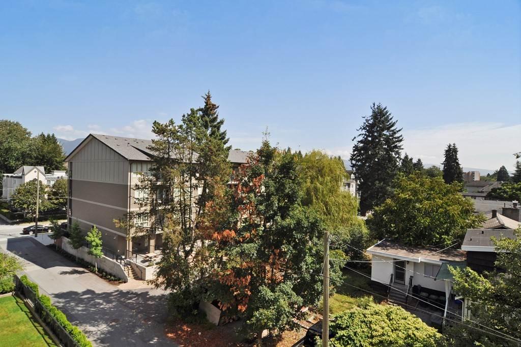 Condo Apartment at 405 2330 SHAUGHNESSY STREET, Unit 405, Port Coquitlam, British Columbia. Image 20