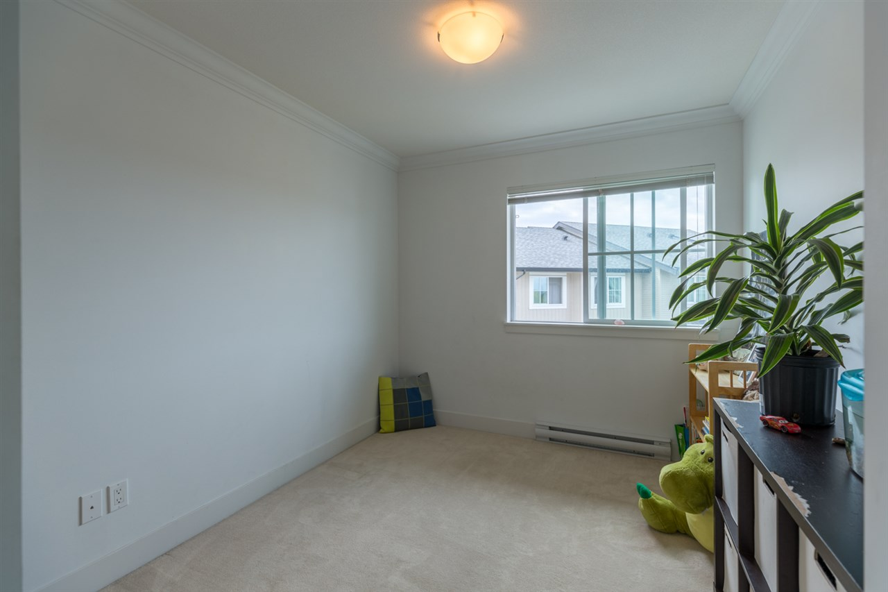 Townhouse at 207 2450 161A STREET, Unit 207, South Surrey White Rock, British Columbia. Image 10